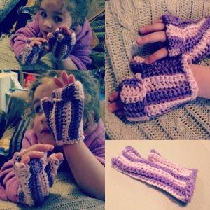 Ribbed Crochet Mittens